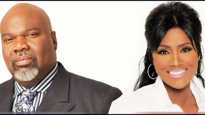 T.D. Jakes and Juanita Bynum's Photo