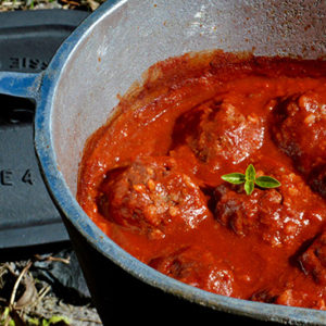 Camp Oven Porcupine Meatballs