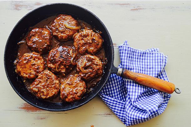 Rissoles in onion gravy