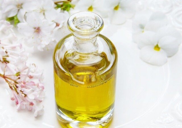 DIY Oil Mix for Healthy Hair