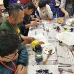 一群人一起畫畫的感覺很開心
