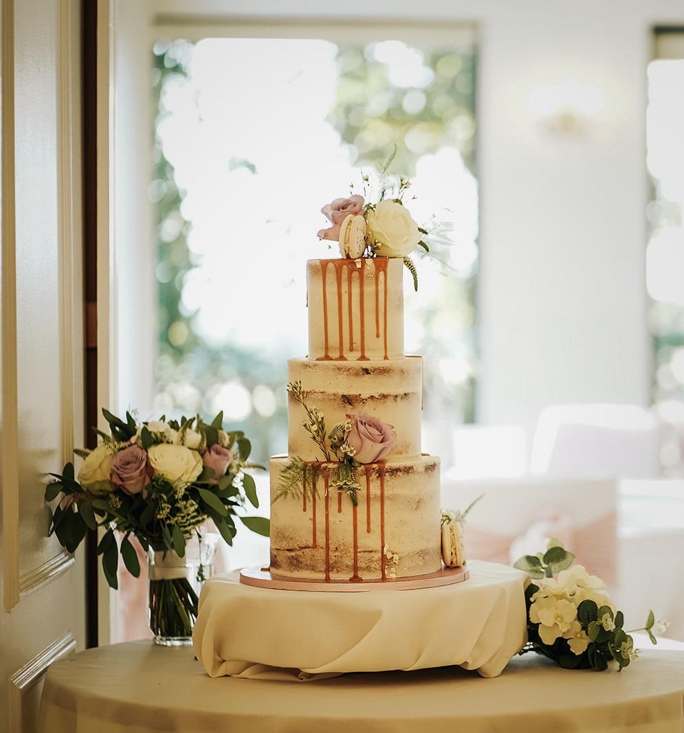 Summer wedding cake at West Tower