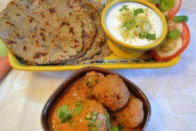 Kuttu Ki Roti/Parantha served with Kacche Kele ke Kofta