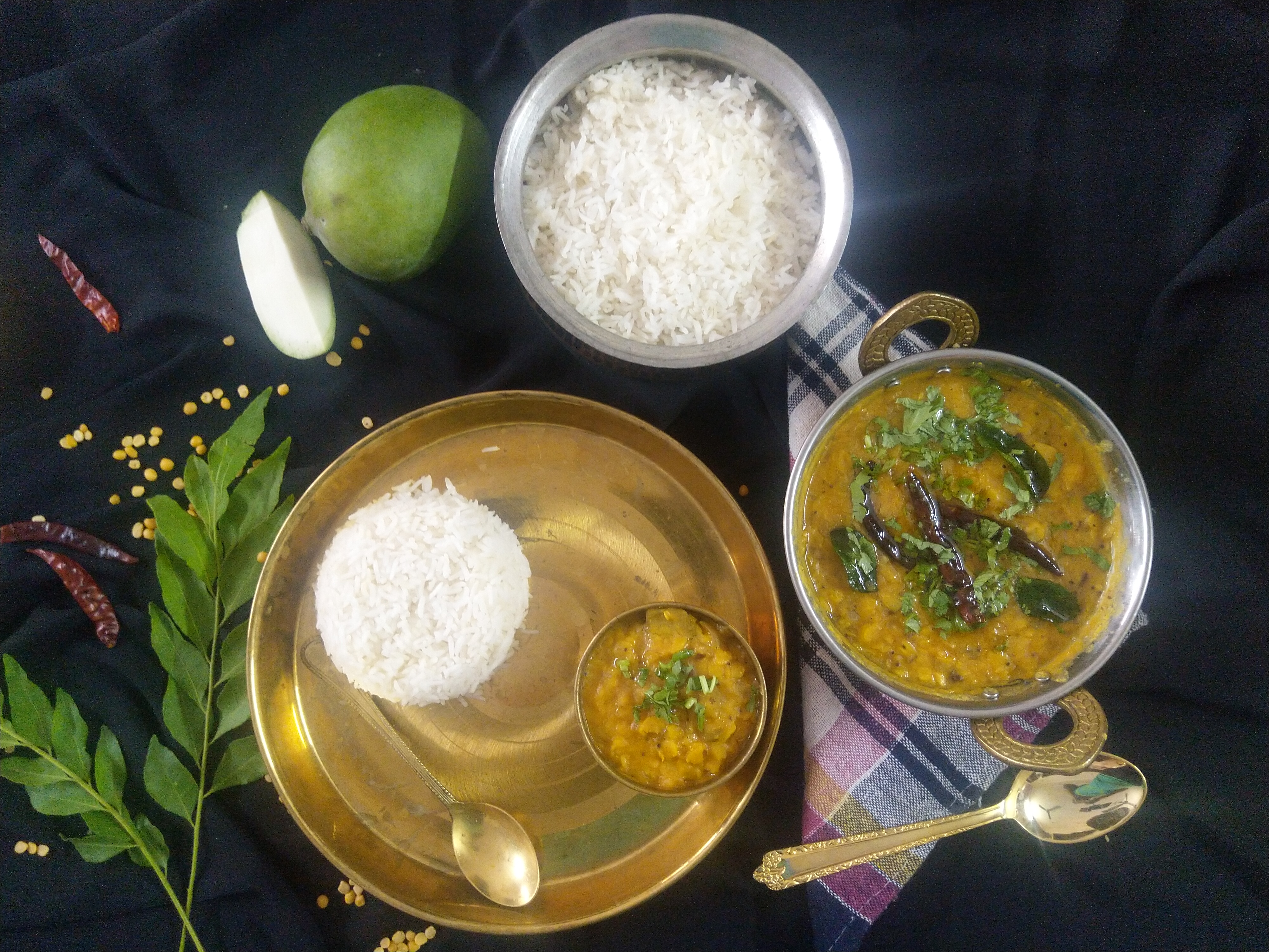 Mamidikaya Pappu…….Andhra Style raw mango dal