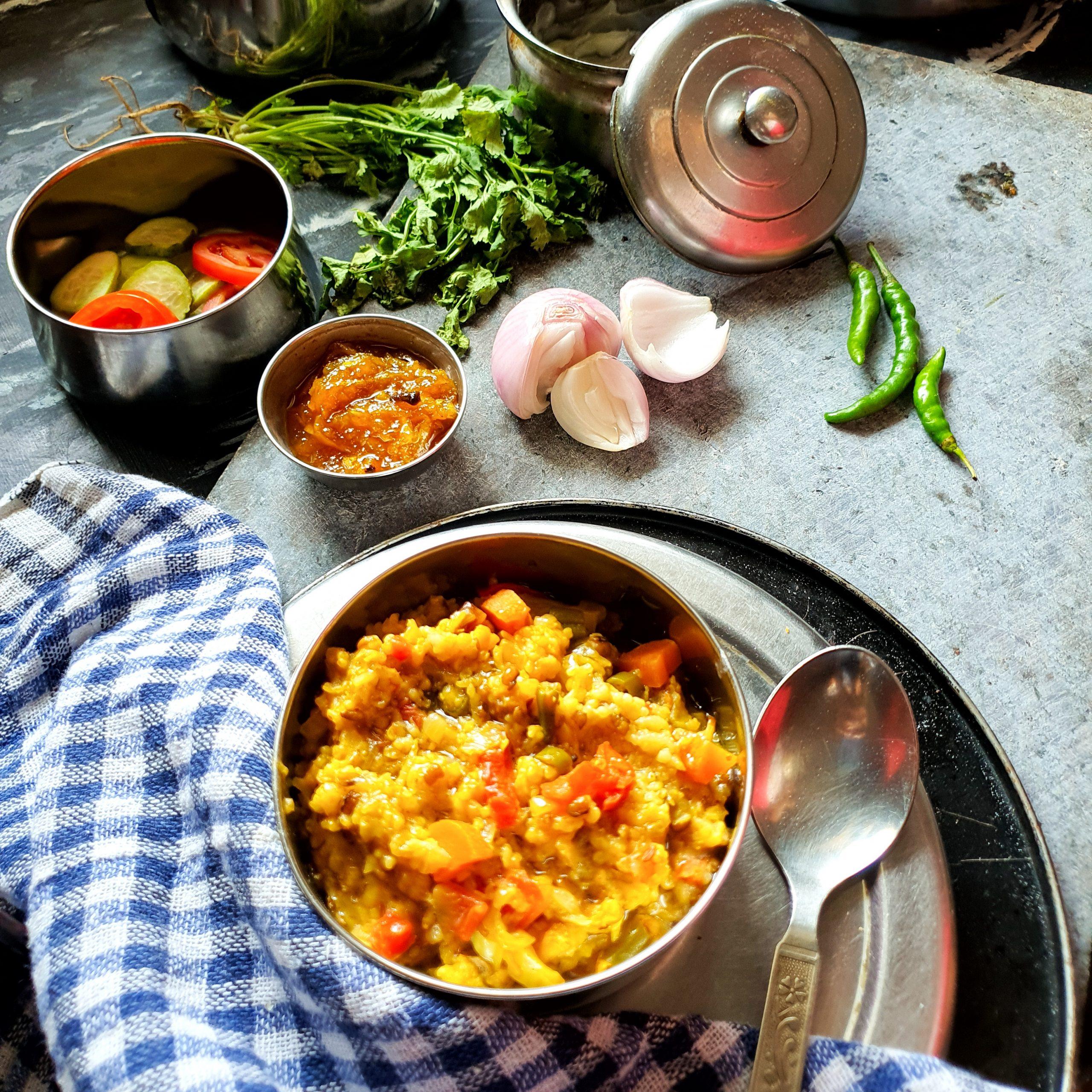 Fada Ni Khichadi/Daliya Khichadi/Broken wheat porridge