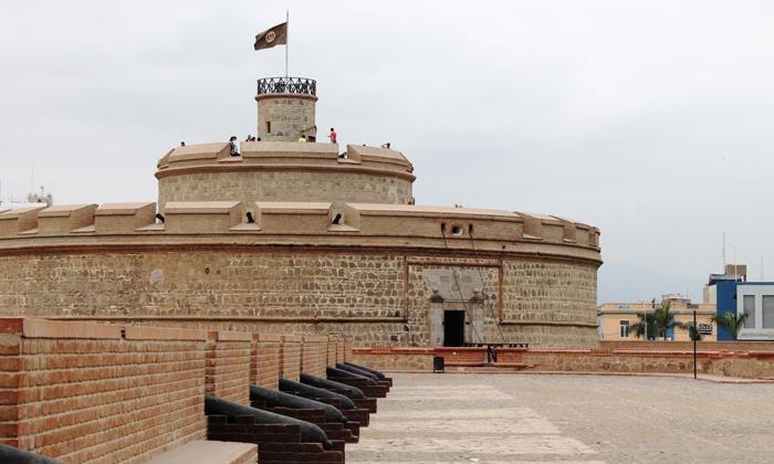 Real Felipe Fortress, El Callao
