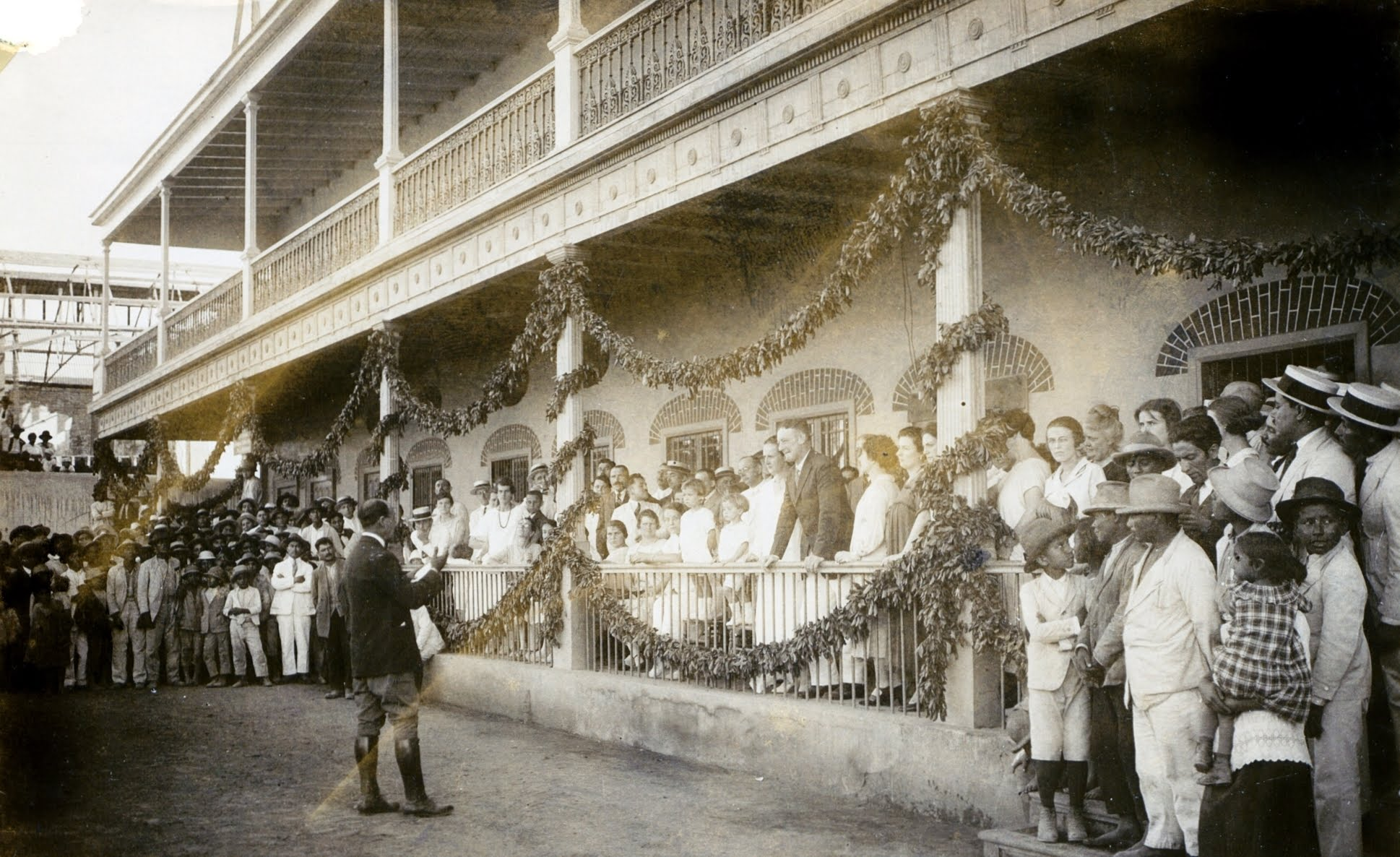 Hacienda public holiday circa 1930