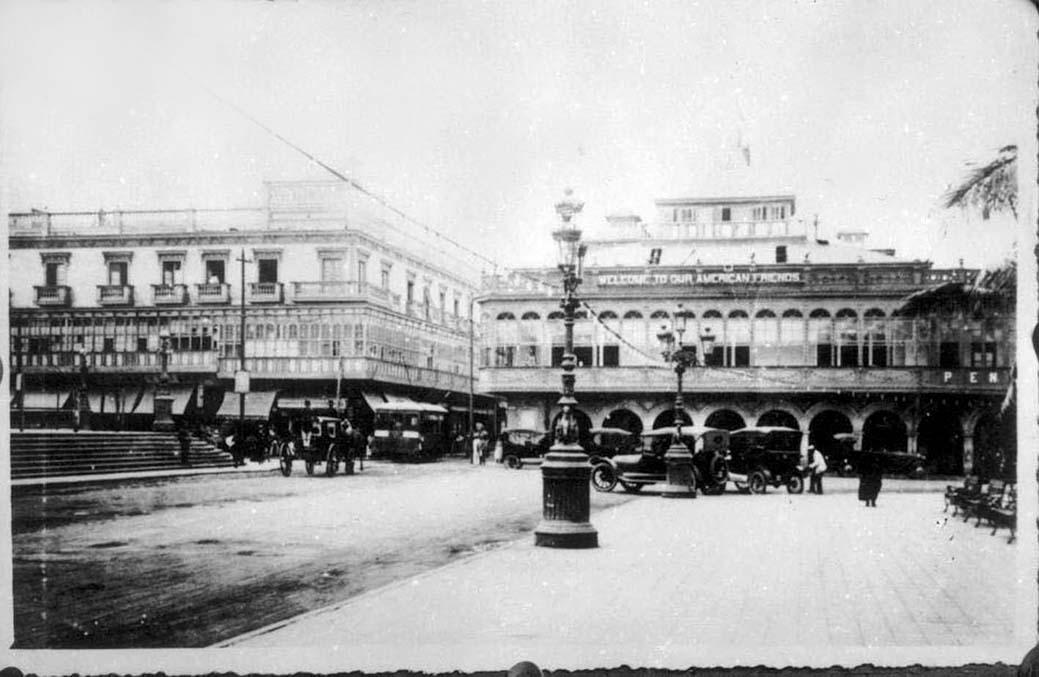 Plaza de Armas, Lima circa 1930
