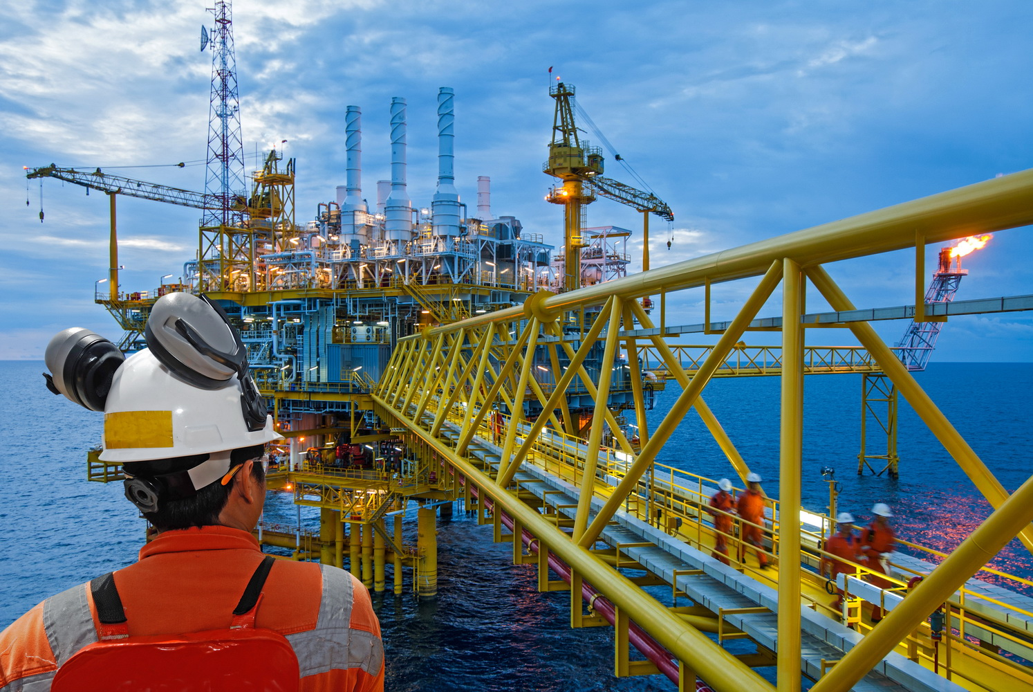 Offshore Petroleum Oil and Gaz Eurotech Training Consultancy Recruitment Fadi Jawad Course