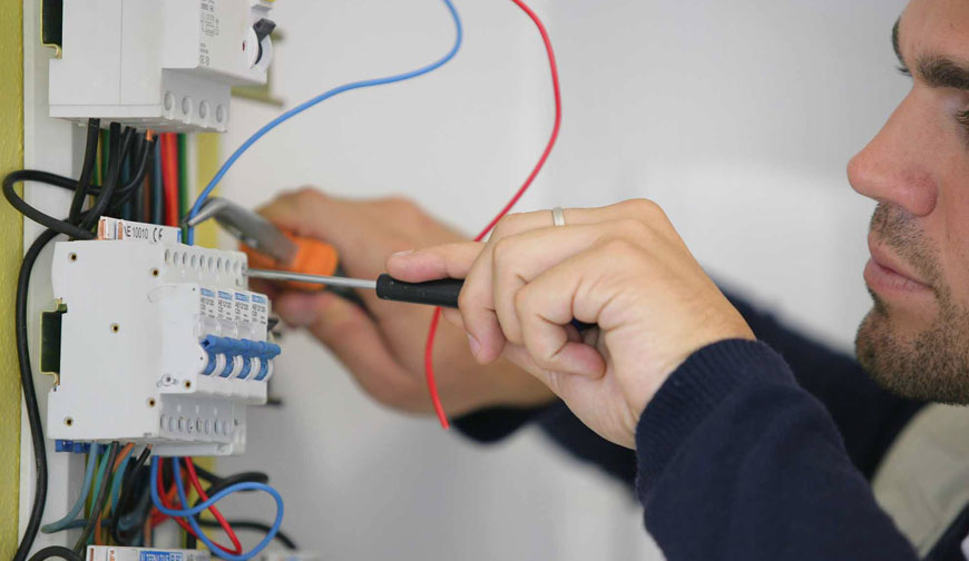 Electrician in Banstead