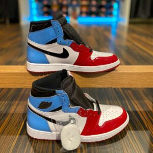 Nike Air Jordan 1 Retro Fearless UNC Chicago
