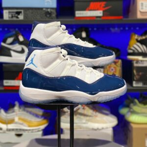 Air Jordan 11 Retro UNC Win Like 82