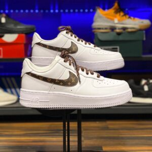 Nike Air Force 1 Low Swoosh Monogram dark brown