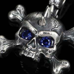 X Totenkopf Pendant
