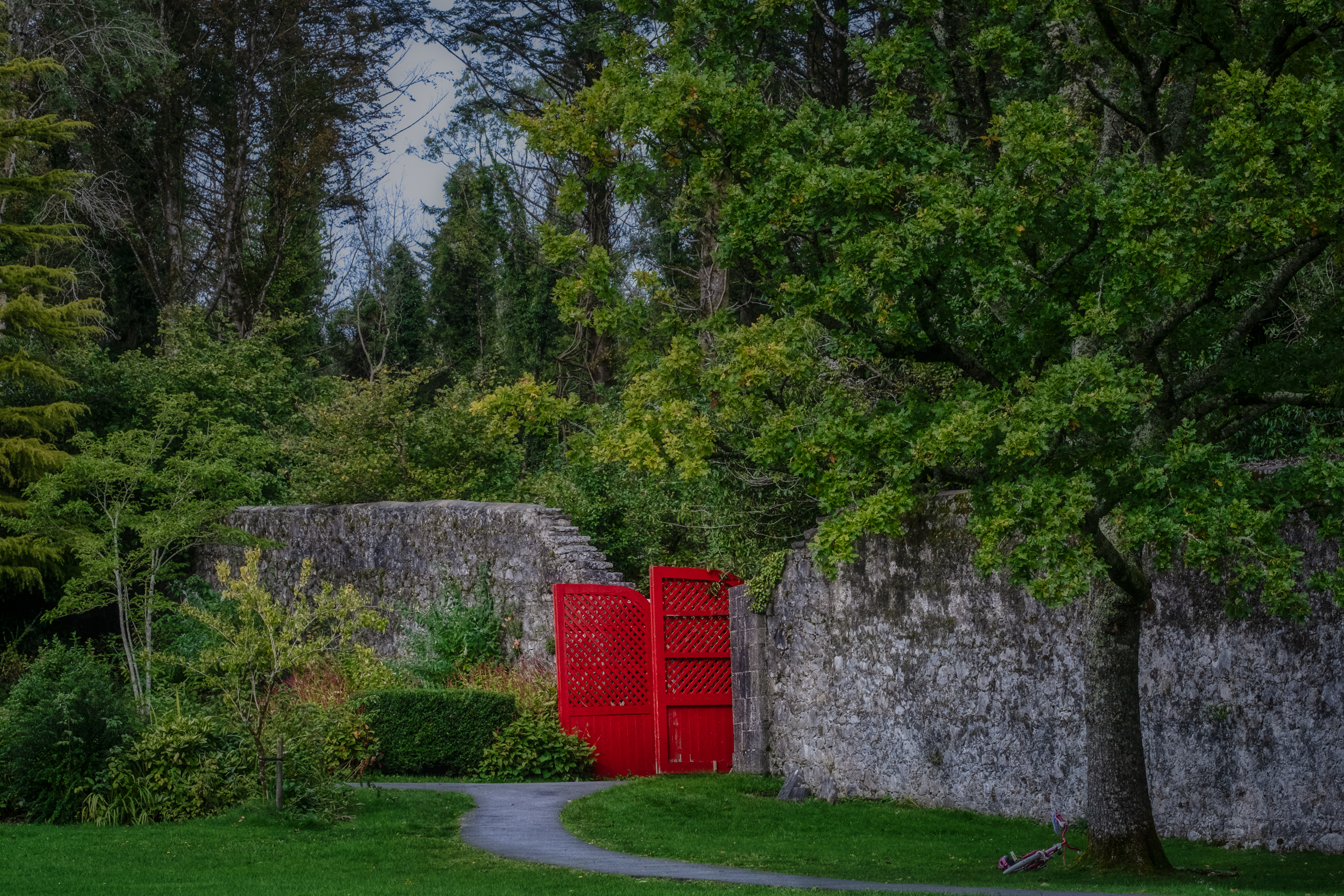 red gates at Coole Park, Gort