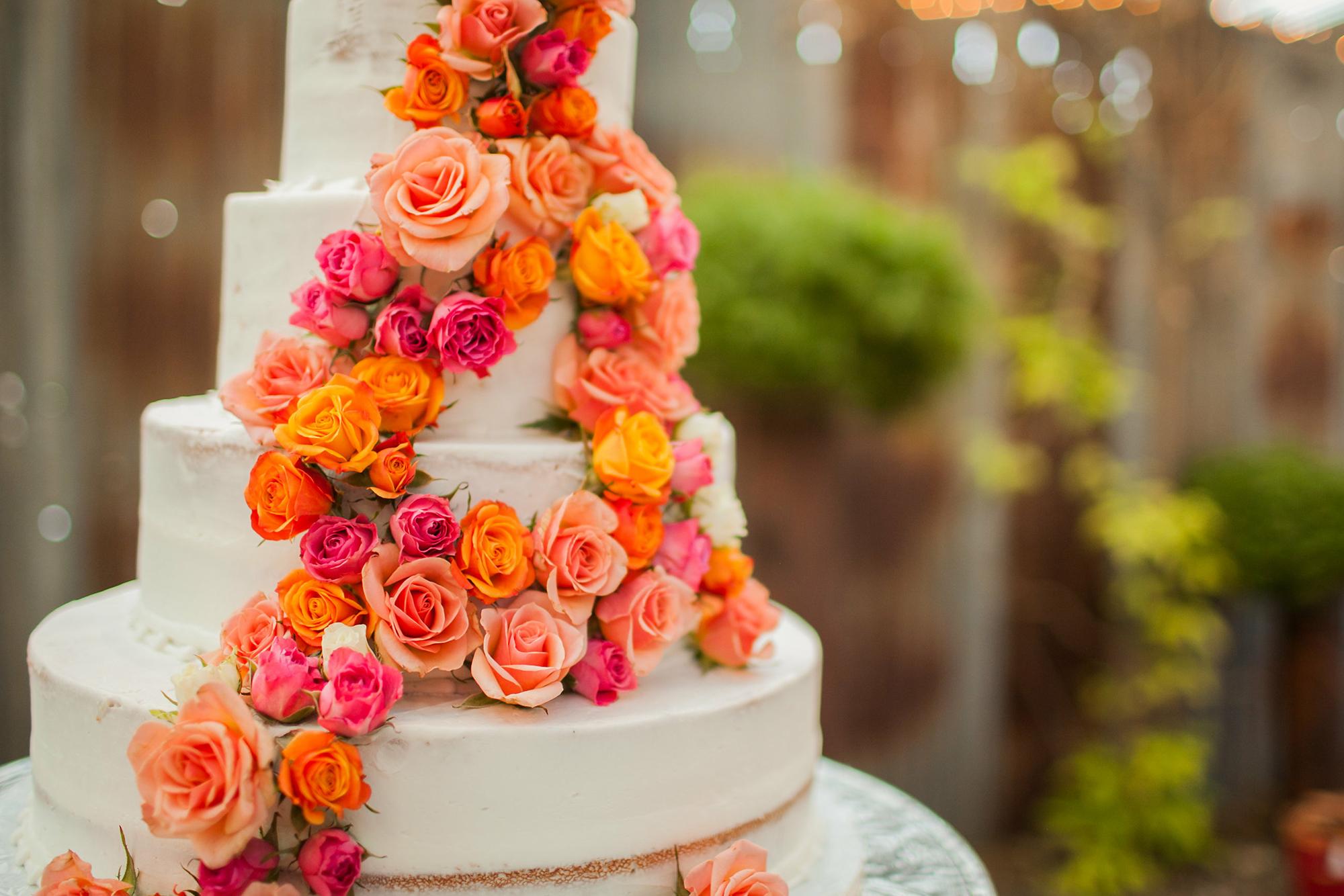 Let Them Eat Cake! Wedding Cake Trends for 2022
