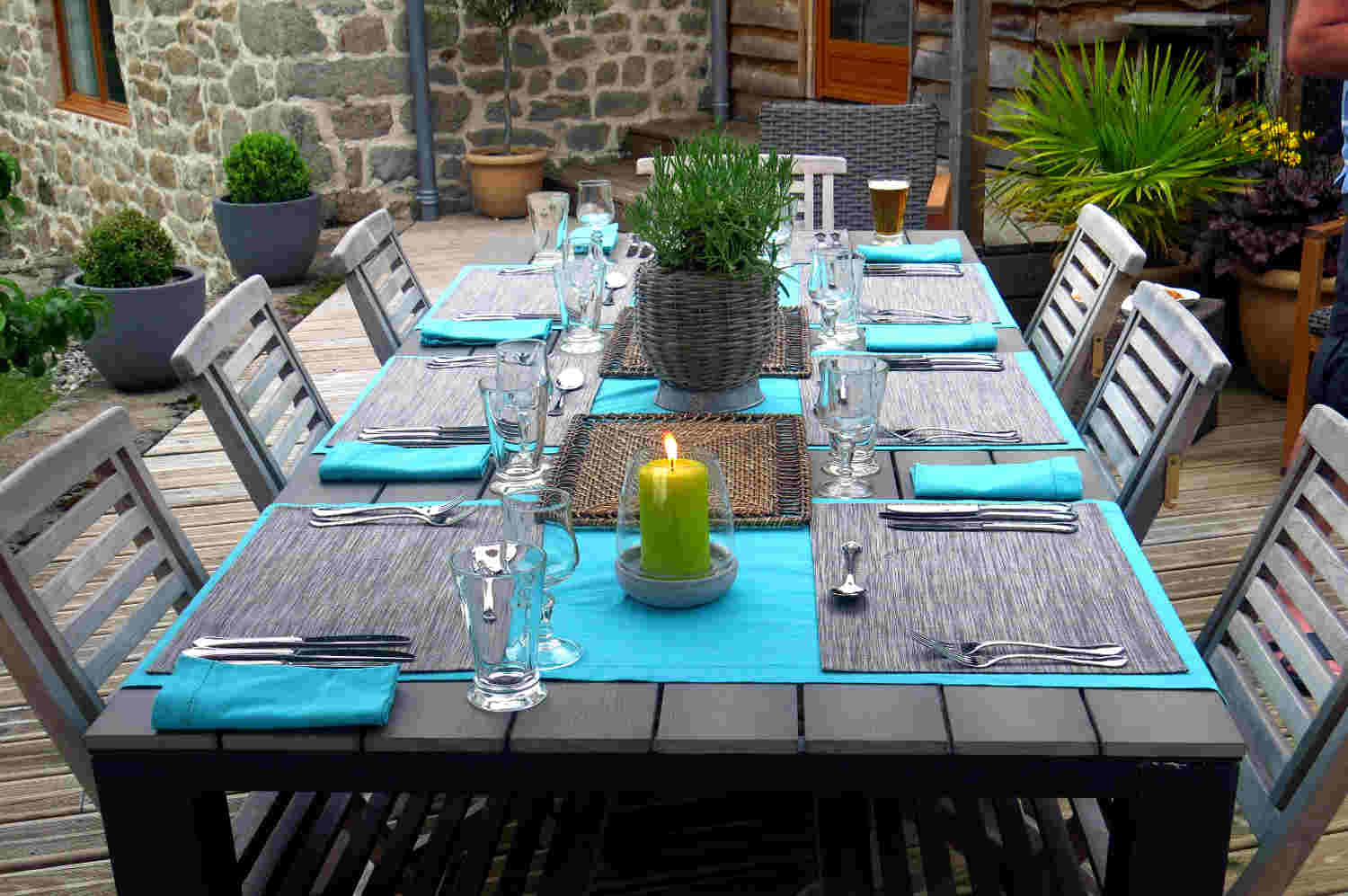 Outdoor Dining with Correze Cycling Holidays France