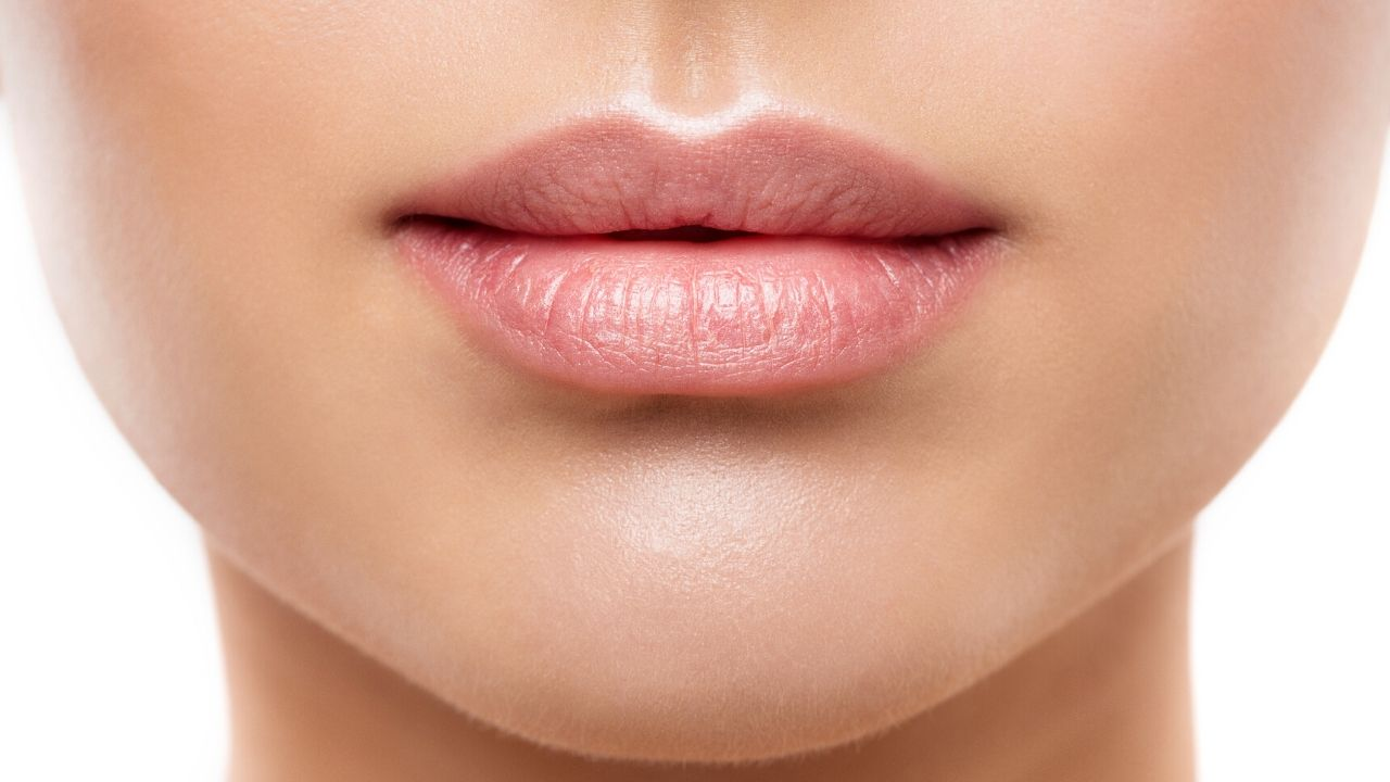 5 best Proven ways to get pink lips at home naturally