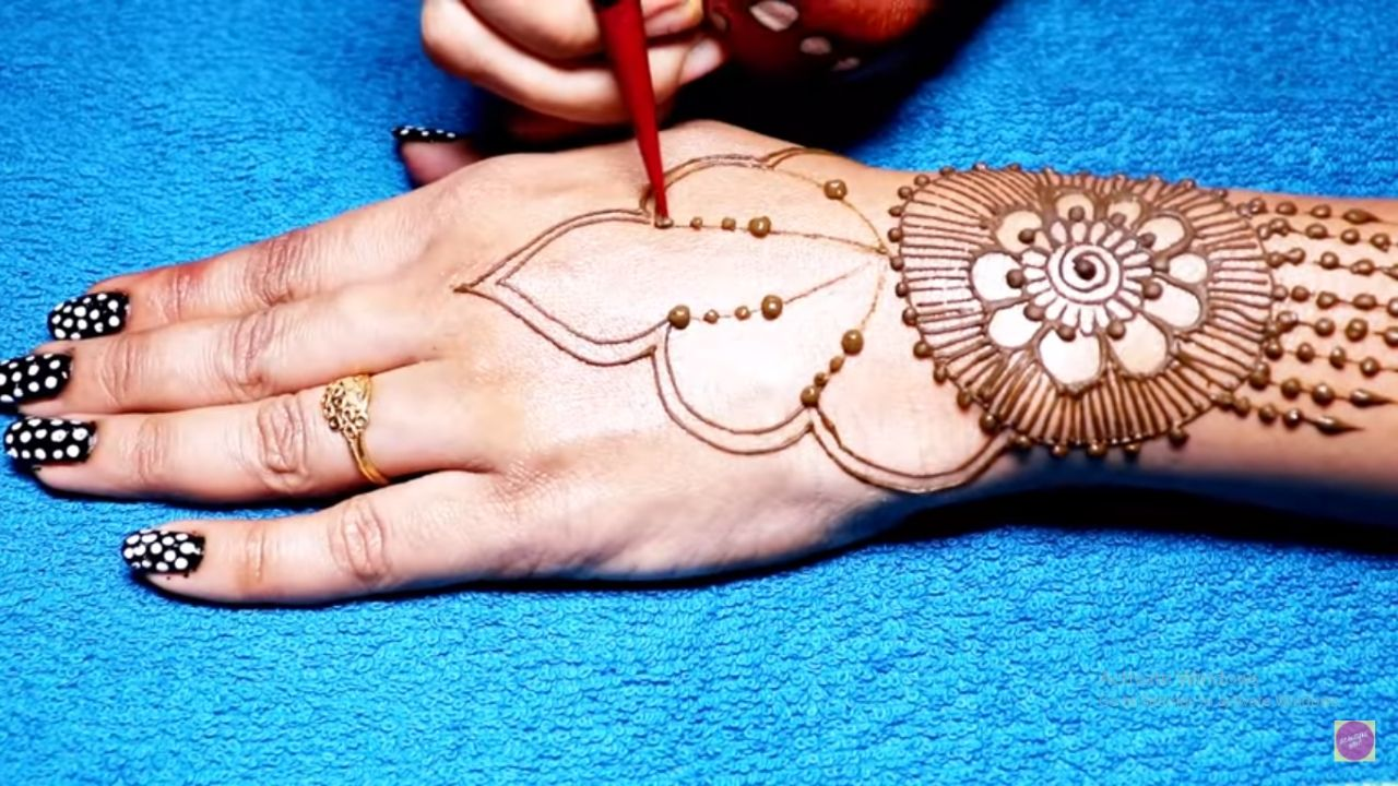 Beautiful Jewellery Mehndi Design For Back Hands