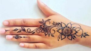 Beautiful easy mehndi design for beginners