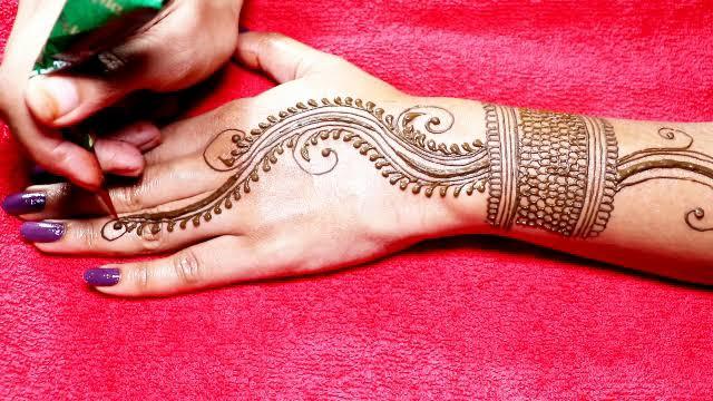 Jewellery Mehndi designs Tutorial for Back Hand