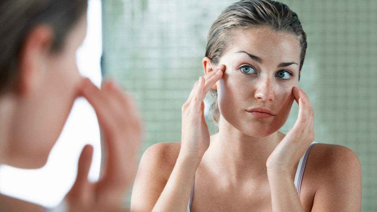 7 Natural Moisturizers to Get Rid of Dry Skin In Winter
