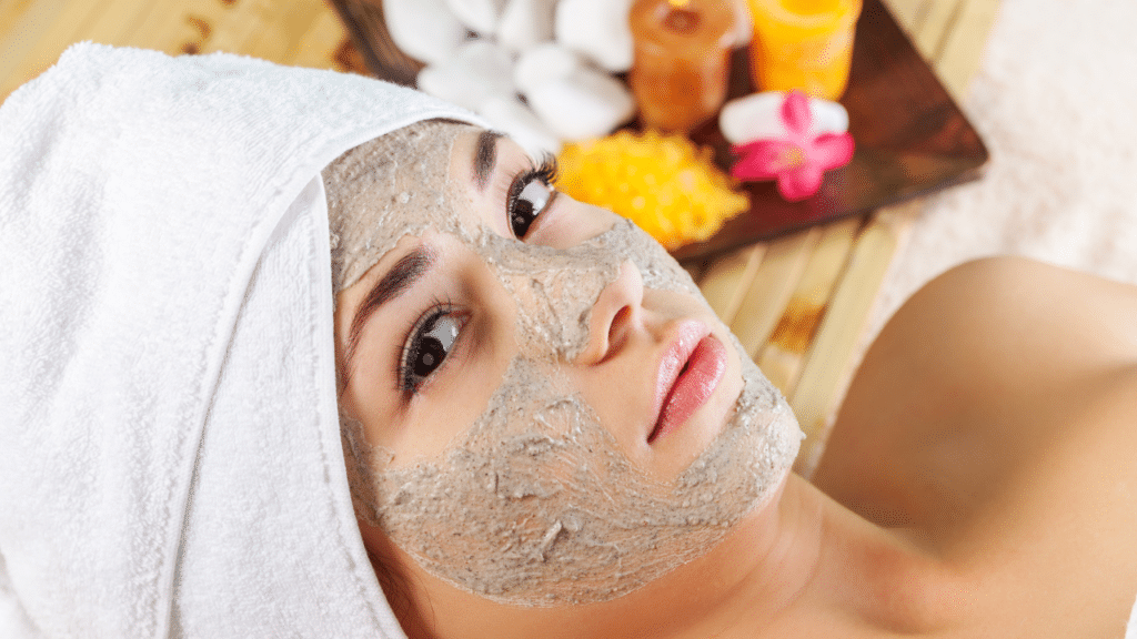 Cooling face mask for summer
