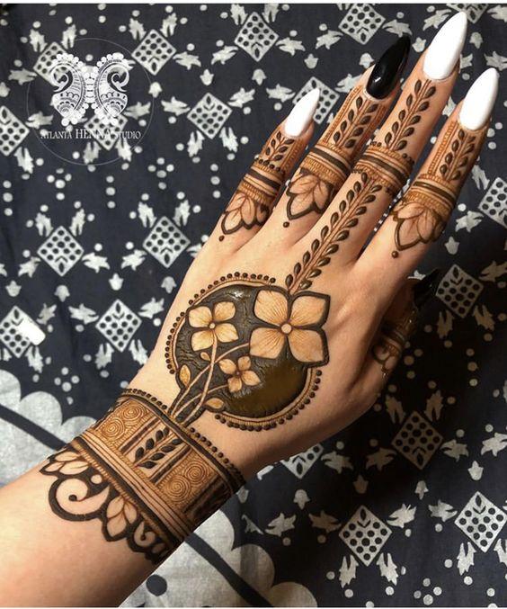 Jewellery Style Floral Arabic Mehndi Design
