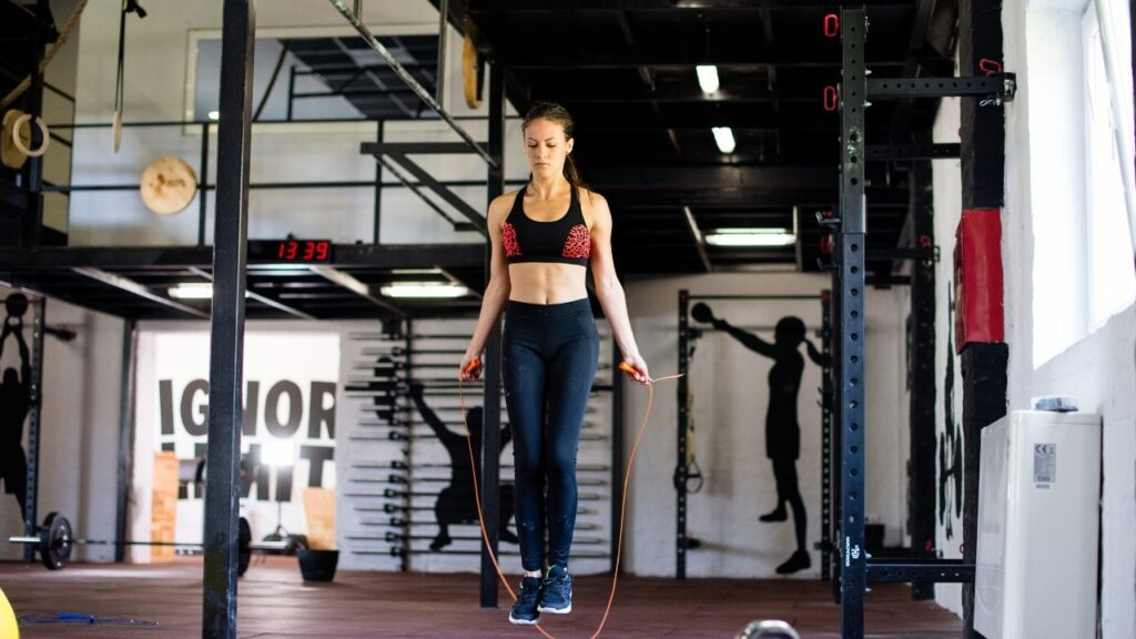 Rope Skipping to lose love handles