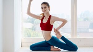 7 Best Yoga Asana' s to Lose Weight at Home