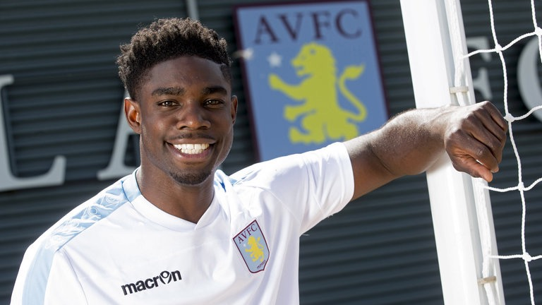 micah-richards-football-gettyimages-479350018_3321334