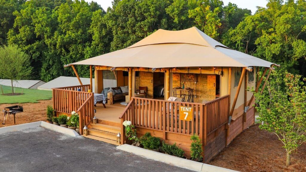 YALA_Luxury_Suite_exterior_from_the_side-min