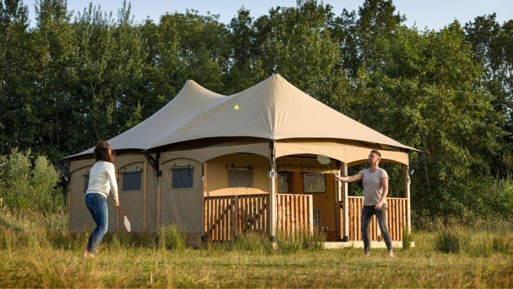 YALA_Twilight_safari_tent_couple_playing_badminton-1