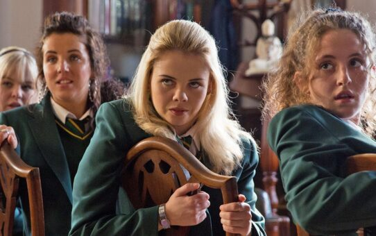 Derry Girls tour with afternoon tea!