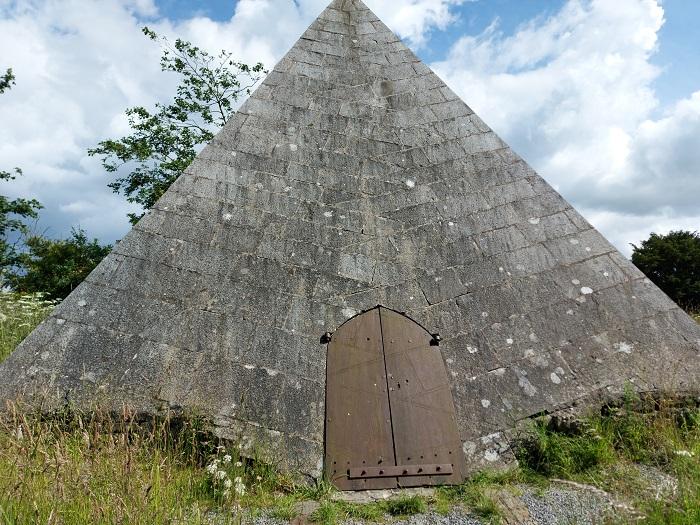 Kinnitty Pyramid
