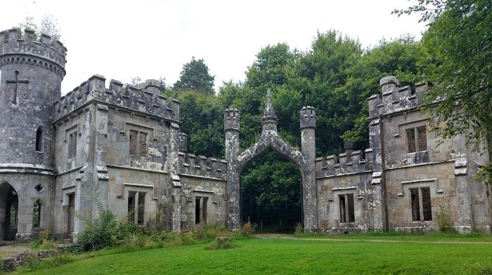 Ballysaggartmore Towers gate lodges