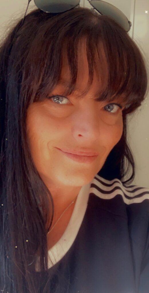 Jane P, Managing Director