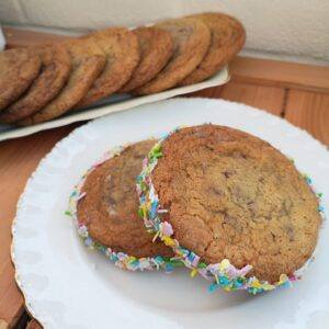 Bake Along with Bron - CHocolate Chip Cookies