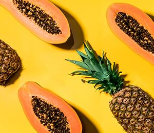 Ananas and fruits