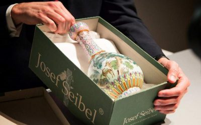 Imperial Chinese vase in a shoebox