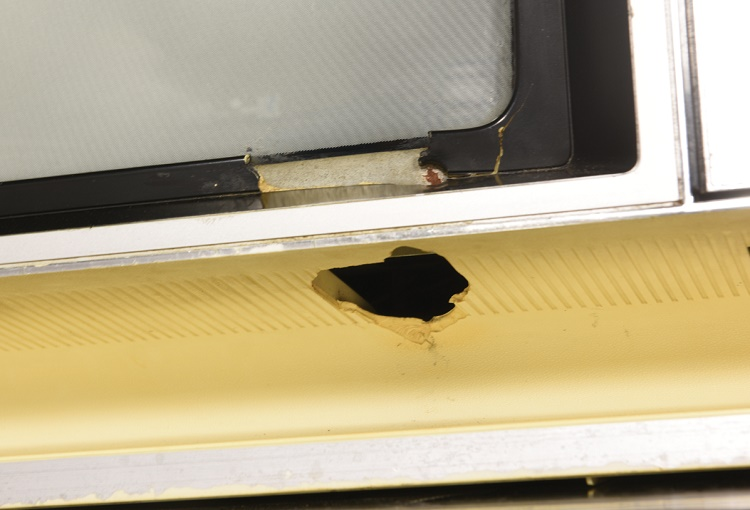 The bullet hole where Elvis shot the TV set is still clearly visible