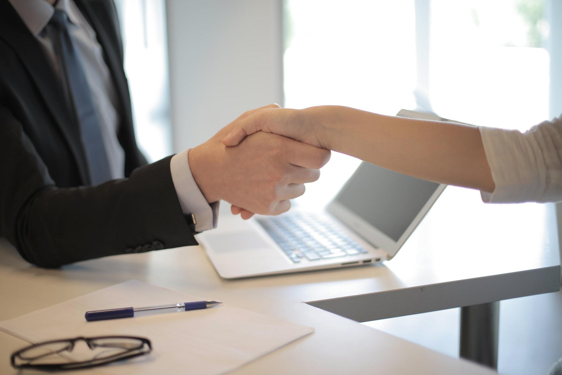 Distinction between Partnership & LLP