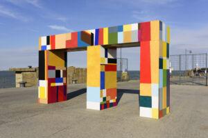 The Wick - Atta Kwami, Atsiaƒu ƒe agbo nu (Gateways of the Sea), Commissioned for Creative Folkestone Triennial 2021. Photo by Thierry Bal