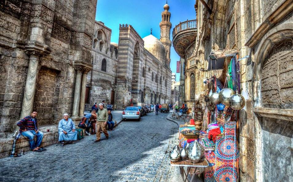 حكايا القاهرة (للناطقين بغير المصرية)