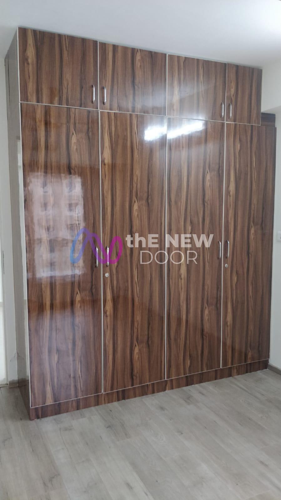 Kanakia Paris Rent The New Door (1)