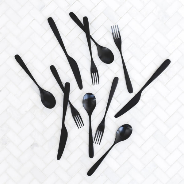 clean and tidy kitchen utensils