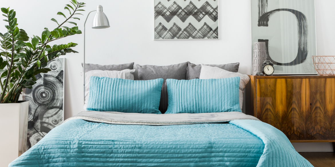 teal bed spread