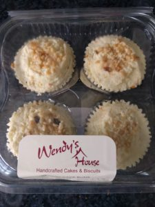 Wendy's House Carrot Cakes