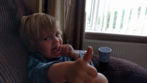 Thumbs up mummy