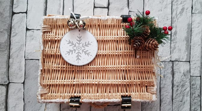 The 12 Makes of Christmas – Hampers